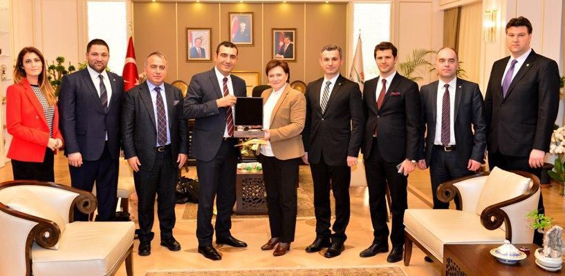 PAGÇEV Heyeti,  Çevre ve Şehircilik Bakanı  Fatma Güldemet SARI 'yı makamında ziyaret etti…!